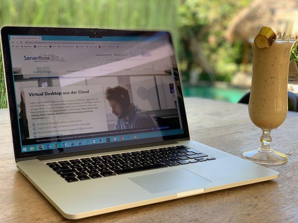 Beim Arbeiten in den Ferien ist ein schneller und komfortabler Zugriff auf die Daten ein grosser Mehrwert. Wie einfach das geht zeigt Stefan direkt aus Bali